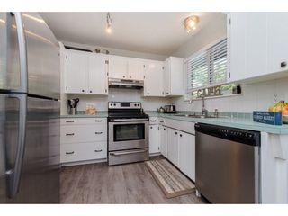 Photo 3: 26947 28A AVENUE in Langley: Aldergrove Langley House for sale : MLS®# R2295792
