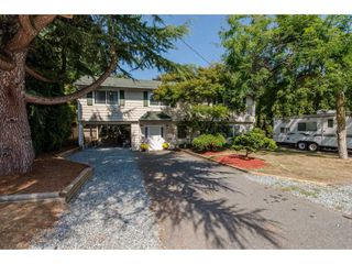 Photo 2: 26947 28A AVENUE in Langley: Aldergrove Langley House for sale : MLS®# R2295792