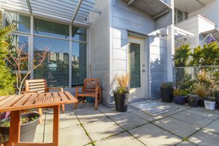 Photo 6: 105 373 Tyee Road in Victoria: Row/Townhouse for sale
