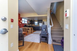 Photo 8: 105 373 Tyee Road in Victoria: Row/Townhouse for sale