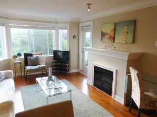 Photo 4: 206 15357 ROPER AVENUE: White Rock Condo for sale (South Surrey White Rock)  : MLS®# R2342552