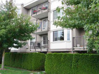 Photo 13: 206 15357 ROPER AVENUE: White Rock Condo for sale (South Surrey White Rock)  : MLS®# R2342552