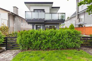 Photo 17: 210 E 18TH STREET in North Vancouver: Central Lonsdale House 1/2 Duplex for sale : MLS®# R2372911