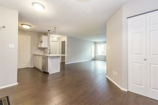 """Photo 2: 113 2350 WESTERLY Street in Abbotsford: Abbotsford West Condo for sale in """"Stonecroft Estates"""" : MLS®# R2406781"""