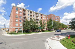 Main Photo: 303 32 Tannery Street in Mississauga: Streetsville Condo for sale : MLS®# W4641384