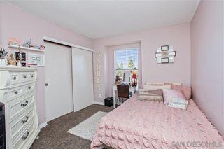 Photo 17: CHULA VISTA Condo for sale : 3 bedrooms : 2077 Lakeridge circle #304