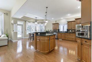 Photo 3: 1522 BLACKMORE Way in Edmonton: Zone 55 House for sale : MLS®# E4183104