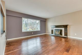Photo 8: 1623 TAYLOR Street in Port Coquitlam: Lower Mary Hill House for sale : MLS®# R2435811