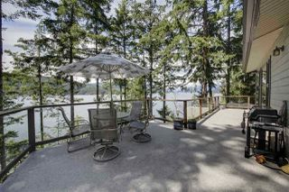 Photo 2: 6115 CORACLE DRIVE in Sechelt: Sechelt District House for sale (Sunshine Coast)  : MLS®# R2413571