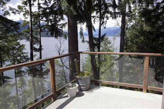 Photo 3: 6115 CORACLE DRIVE in Sechelt: Sechelt District House for sale (Sunshine Coast)  : MLS®# R2413571