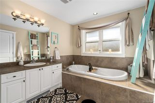 Photo 23: 960 Colbourne Gdns in : La Glen Lake Single Family Detached for sale (Langford)  : MLS®# 845495