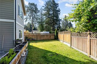 Photo 36: 960 Colbourne Gdns in : La Glen Lake Single Family Detached for sale (Langford)  : MLS®# 845495
