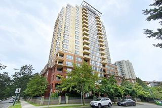 """Main Photo: 1605 5288 MELBOURNE Street in Vancouver: Collingwood VE Condo for sale in """"EMERALD PARK PLACE"""" (Vancouver East)  : MLS®# R2485662"""