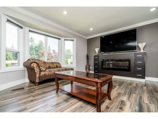 Photo 5: 32766 COWICHAN Terrace in Abbotsford: Abbotsford West House for sale : MLS®# R2487454