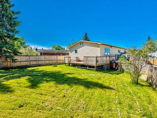 Photo 2: 341 SPRING HAVEN Court SE: Airdrie Detached for sale : MLS®# A1033328