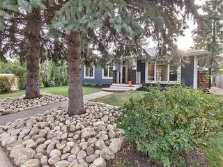 Main Photo: 30 Westwood Drive SW in Calgary: Westgate Detached for sale : MLS®# A1039725