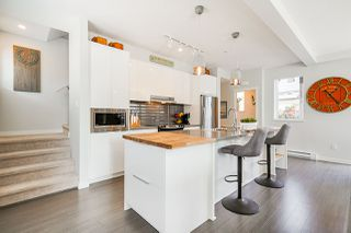 """Photo 6: 8 8138 204 Street in Langley: Willoughby Heights Townhouse for sale in """"Ashbury and Oak"""" : MLS®# R2507978"""