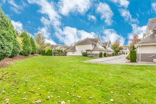 "Photo 3: 73 13918 58 Avenue in Surrey: Panorama Ridge Townhouse for sale in ""Alder Park"" : MLS®# R2508439"
