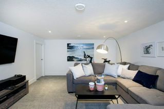 Photo 45: 14 White Oak Crescent SW in Calgary: Wildwood Detached for sale : MLS®# A1042247