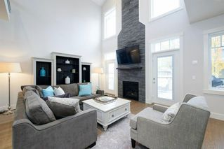 Photo 13: 14 White Oak Crescent SW in Calgary: Wildwood Detached for sale : MLS®# A1042247