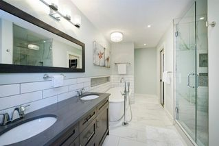 Photo 35: 14 White Oak Crescent SW in Calgary: Wildwood Detached for sale : MLS®# A1042247