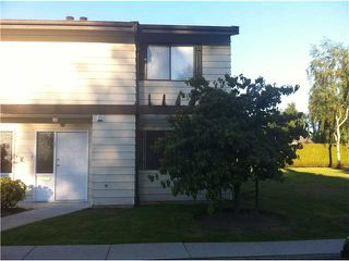 "Photo 1: 57 4800 TRIMARAN Drive in Richmond: Steveston South Townhouse for sale in ""BIRCHWOOD ESTATES"" : MLS®# V965864"