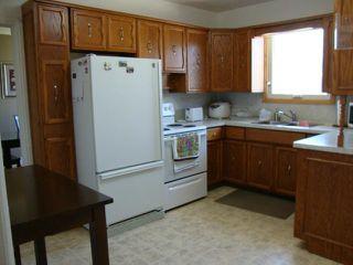 Photo 8: 952 ATLANTIC Avenue in WINNIPEG: North End Residential for sale (North West Winnipeg)  : MLS®# 1219031