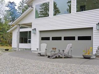 Photo 1: 6633 RENNIE ROAD in COURTENAY: Z2 Courtenay North House for sale (Zone 2 - Comox Valley)  : MLS®# 623485