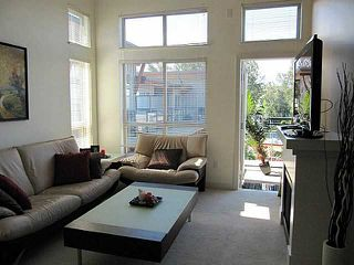 Photo 1: 413 1633 MACKAY Avenue in North Vancouver: Pemberton NV Condo for sale : MLS®# V993603
