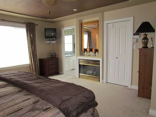 Photo 6: 32982 HAWTHORNE AV in Mission: Mission BC House for sale : MLS®# F1308662