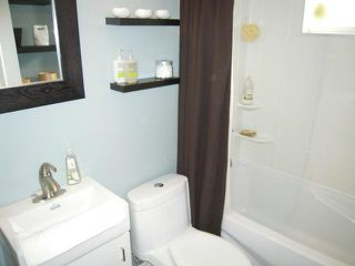 Photo 13: 208 Sydney Avenue in WINNIPEG: East Kildonan Residential for sale (North East Winnipeg)  : MLS®# 1306425