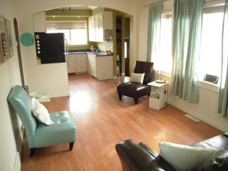 Photo 2: 208 Sydney Avenue in WINNIPEG: East Kildonan Residential for sale (North East Winnipeg)  : MLS®# 1306425