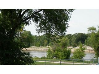 Photo 3: 46 Hallet Street in WINNIPEG: North End Residential for sale (North West Winnipeg)  : MLS®# 1419314