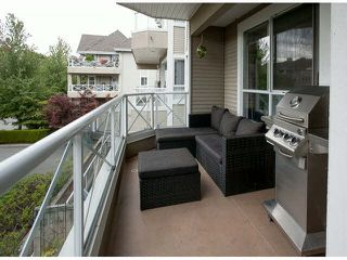 "Photo 16: 201 5556 201A Street in Langley: Langley City Condo for sale in ""Michaud Gardens"" : MLS®# F1421361"