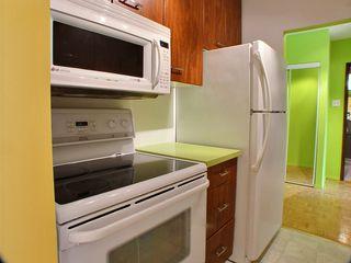 Photo 4: 8L 300 Roslyn Road: Condominium for sale (Central Winnipeg)  : MLS®# 1424354
