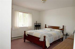 Photo 9: Coquitlam: Condo for sale : MLS®# R2071564