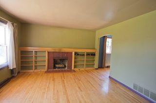 Photo 5: 10 Devon: Sackville House for sale : MLS®# M13427