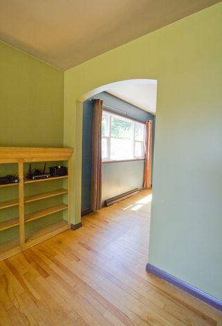 Photo 7: 10 Devon: Sackville House for sale : MLS®# M13427