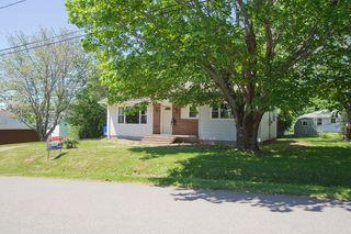 Photo 28: 10 Devon: Sackville House for sale : MLS®# M13427