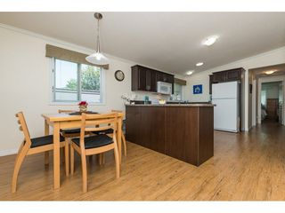 Photo 10: 57 1840 160 STREET in Surrey: King George Corridor Manufactured Home for sale (South Surrey White Rock)  : MLS®# R2283012