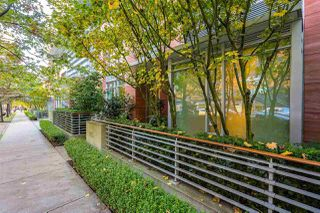 Photo 1: 1163 W CORDOVA STREET in Vancouver: Coal Harbour Townhouse for sale (Vancouver West)  : MLS®# R2314761