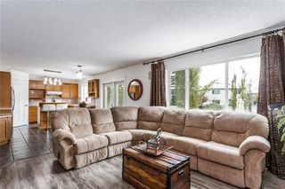 Photo 10: 438 DOUGLAS WOODS ME SE in Calgary: Douglasdale/Glen House for sale : MLS®# C4210900