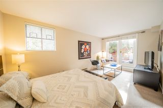 """Photo 9: 11 2485 CORNWALL Avenue in Vancouver: Kitsilano Townhouse for sale in """"CORNWALL COURT"""" (Vancouver West)  : MLS®# R2412109"""