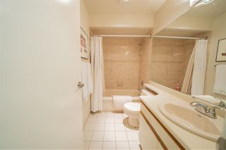 """Photo 11: 11 2485 CORNWALL Avenue in Vancouver: Kitsilano Townhouse for sale in """"CORNWALL COURT"""" (Vancouver West)  : MLS®# R2412109"""