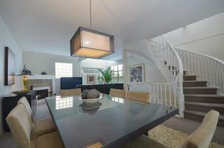 """Photo 6: 11 2485 CORNWALL Avenue in Vancouver: Kitsilano Townhouse for sale in """"CORNWALL COURT"""" (Vancouver West)  : MLS®# R2412109"""