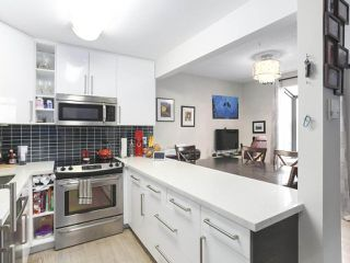 Photo 2: 404 1875 W 8TH Avenue in Vancouver: Kitsilano Condo for sale (Vancouver West)  : MLS®# R2426183