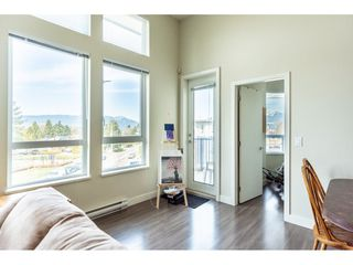 """Photo 4: 402 12040 222 Street in Maple Ridge: West Central Condo for sale in """"PARC VUE"""" : MLS®# R2446216"""