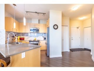 """Photo 3: 402 12040 222 Street in Maple Ridge: West Central Condo for sale in """"PARC VUE"""" : MLS®# R2446216"""