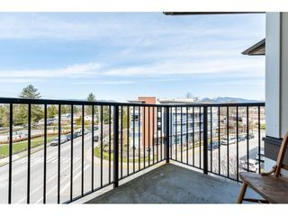 """Photo 11: 402 12040 222 Street in Maple Ridge: West Central Condo for sale in """"PARC VUE"""" : MLS®# R2446216"""