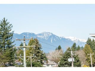 """Photo 12: 402 12040 222 Street in Maple Ridge: West Central Condo for sale in """"PARC VUE"""" : MLS®# R2446216"""